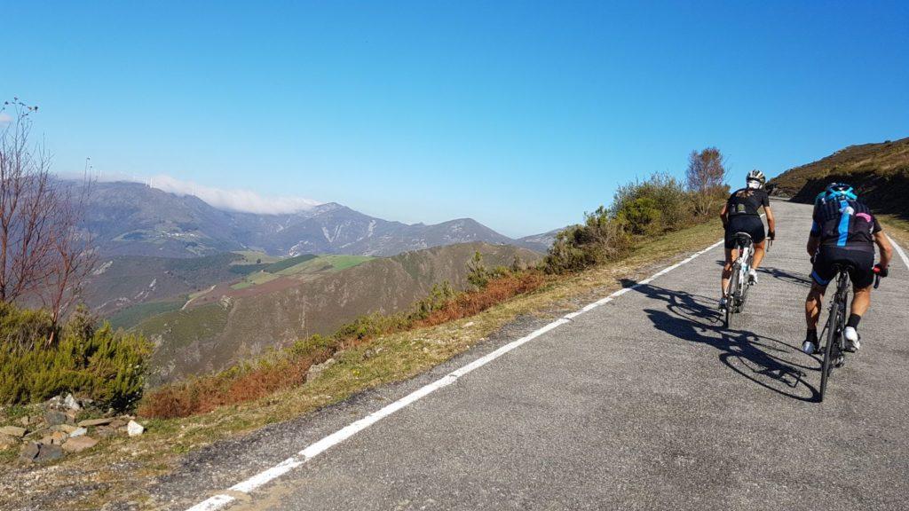 Ruta de los Valles y los Puertos